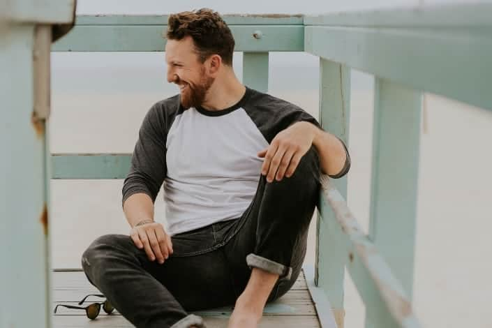 questions to ask a guy to get to know him - What's one thing that can instantly make your day better_