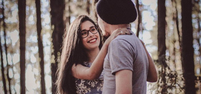 how to make a guy fall in love with you - Know how to attract men
