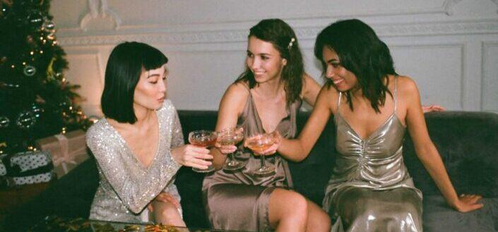 Girls enjoying a cocktail night together.