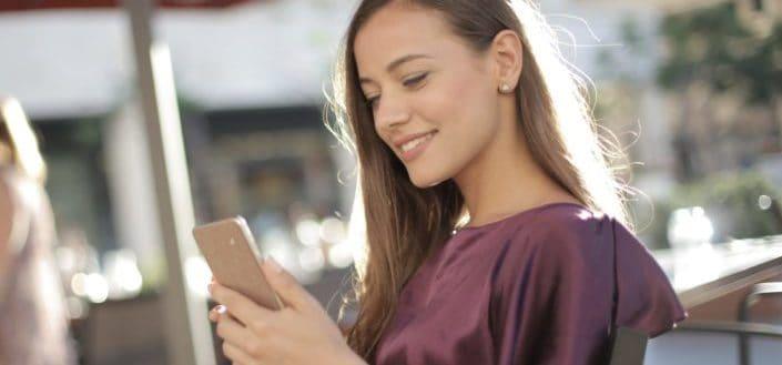 How to flirt over text.jpg
