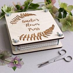 Personalized Botanical Flower Press (1)