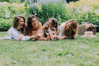 52 Questions To Ask A Girl - Make Colorful And Awesome Friendships